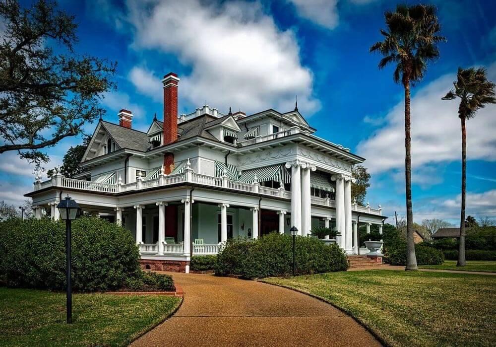 nagy ház